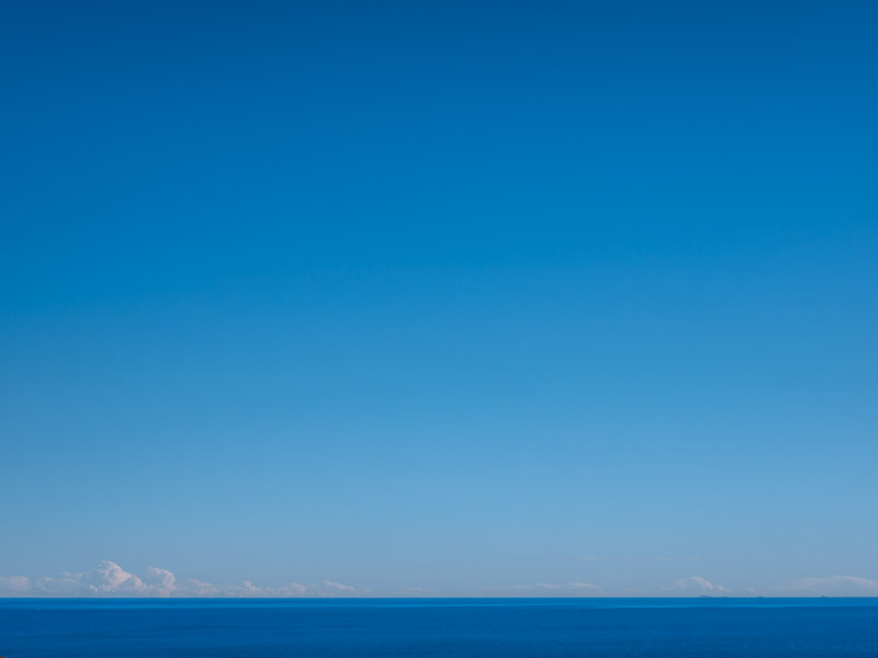 The blue seas of the Costa d'Azahar remind me of childhood in the old French Cote d'Azur