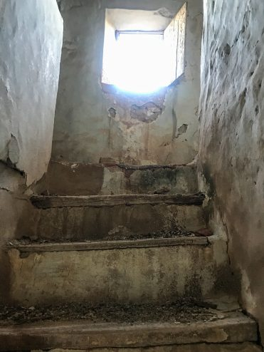 The stairs were hard to navigate, El Maestrat